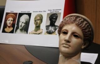 Dünyada eşi olmayan 'Artemis' heykeli müzede...