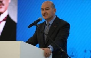 İçişleri Bakanı Soylu: Yakalanan düzensiz göçmen...