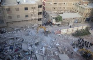 Kahire'de bina çöktü: 8 ölü, 29 yaralı