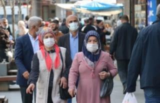 Maviden sarıya dönen Diyarbakır'da vaka sayıları...