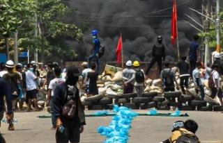 Myanmar'da darbe karşıtı protestolara güvenlik...