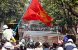 Myanmar'da ordu sözcüsü Tun: Protestolardaki...