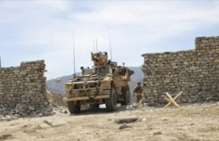 ABD, Afganistan'daki askeri teçhizatlarını...