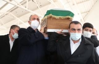 Adalet Bakanı Gül'ün annesi son yolculuğuna...