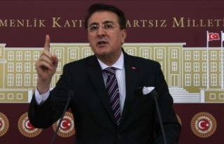 AK Parti'li Aydemir'den ücretsiz patates,...