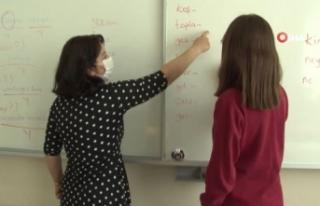 Ankara'da sınıflarda tam zamanlı uzaktan eğitime...