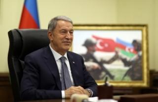 Bakan Akar, Azerbaycan Savunma Bakanı Hasanov ile...