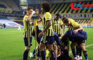 Fenerbahçe dört maç sonra 1'den fazla gol...