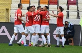 Gaziantep, Süper Lig'i ilk 5 arasında bitirmek...
