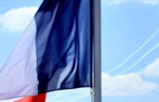 İran Kovid-19 nedeniyle Fransa'ya uçak seferlerini...