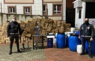 İstanbul'da kaçak parfüm imalathanesine baskın