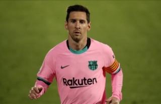 """Lionel Messi yeni rekorlar için """"El Clasico""""ya..."""
