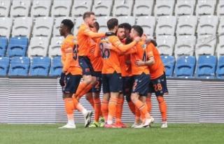 Medipol Başakşehir, Süper Lig'de yarın Kasımpaşa'ya...