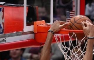 NBA'de Brooklyn Nets, Kyrie Irving'in 40...
