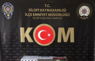 Şırnak'ta kaçakçılık ve uyuşturucu operasyonu:...