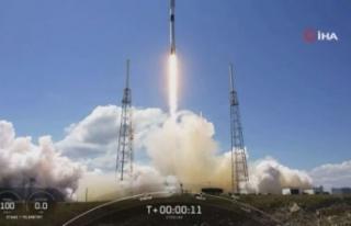 SpaceX, 60 adet Starlink uydusunu daha yörüngeye...