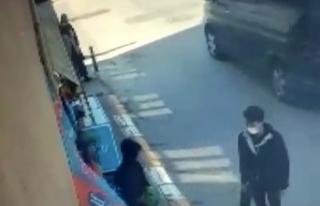 Sultanbeyli'de 3 gencin organize futbol topu hırsızlığı...