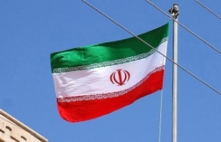 İran'da son 24 saatte 374 kişi Kovid-19'dan...