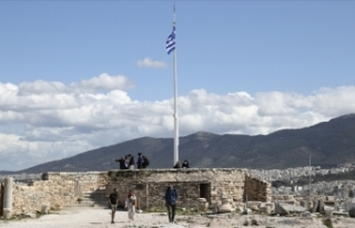 Yunanistan, bazı ülke vatandaşlarına ülkeye girişlerde...