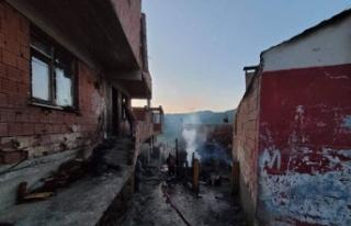 6 evin yandığı felaketin boyutu gündüz ortaya...