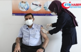 Başkentte muhtarlara Kovid-19 aşısı yapılmaya...