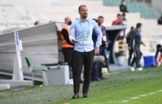 """Bursaspor Teknik Direktörü Mustafa Er: """"Oyuncularımız..."""