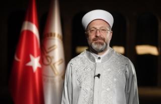 Diyanet İşleri Başkanı Erbaş'ın Kadir Gecesi...
