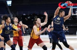 Kadınlar Basketbol Süper Ligi'nde Fenerbahçe...