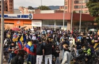 Kolombiya'da hükümet karşıtı protestolar...