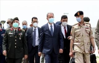 Milli Savunma Bakanı Akar Libya'daki Mehmetçik...