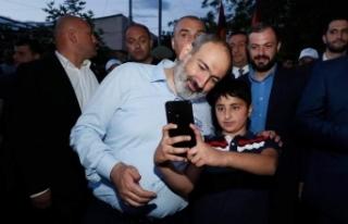 Ermenistan Başbakanı Paşinyan, Azerbaycan'dan...