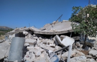 Esad rejiminden İdlib kırsalına karadan ve havadan...
