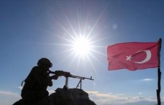 Irak'ın kuzeyinde 5 PKK'lı terörist etkisiz...