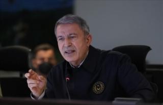 Milli Savunma Bakanı Akar'dan, Yunanistan'a...