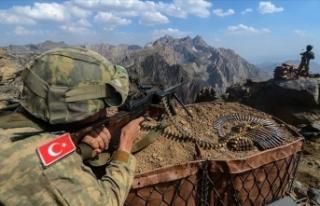MSB: Türkiye mücadelesine en son terörist etkisiz...