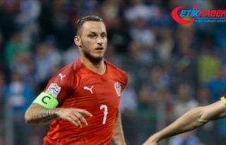 UEFA'dan Avusturyalı futbolcu Arnautovic'e...