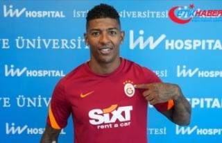 Galatasaray, Hollandalı futbolcu Patrick van Aanholt...