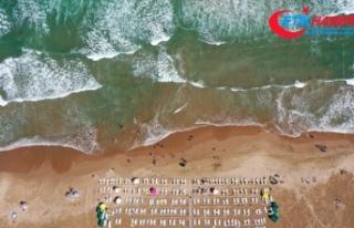Şile sahillerinde yoğun dalga ve akıntı nedeniyle...