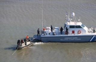 Yunanistan'da Sahil Güvenlikten kazazedelere...