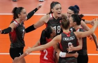A Milli Kadın Voleybol Takımı yarı finale çıkmak...