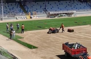 Ankara Keçiörengücü Aktepe Stadı'nın zemini...