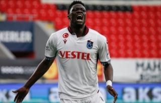 Trabzonspor: Genoa, Ekuban'a talip oldu