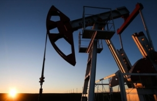 Brent petrolün varili son 3 yılın en yüksek seviyesini...