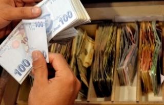 Bütçe Ağustos'ta 40,8 milyar lira fazla verdi