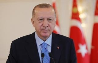 Cumhurbaşkanı Erdoğan: ABD terör örgütlerini...