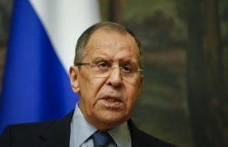 """Lavrov'dan gazetecilere: """"Şansınızı zorlamayın,..."""