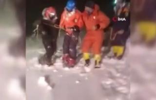 Rusya'daki Elbruz Dağı'nda 19 dağcı mahsur...