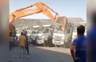 Şırnak'ta ücretini alamayan işçi iş makinesiyle...