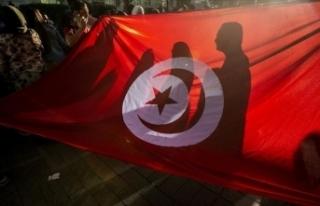 Tunus'ta Nahda Hareketinin 113 üyesi istifa...
