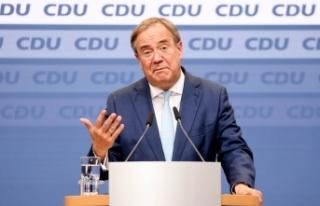 """CDU Genel Başkanı Laschet: """"Ülkem içi geri çekilmeye..."""